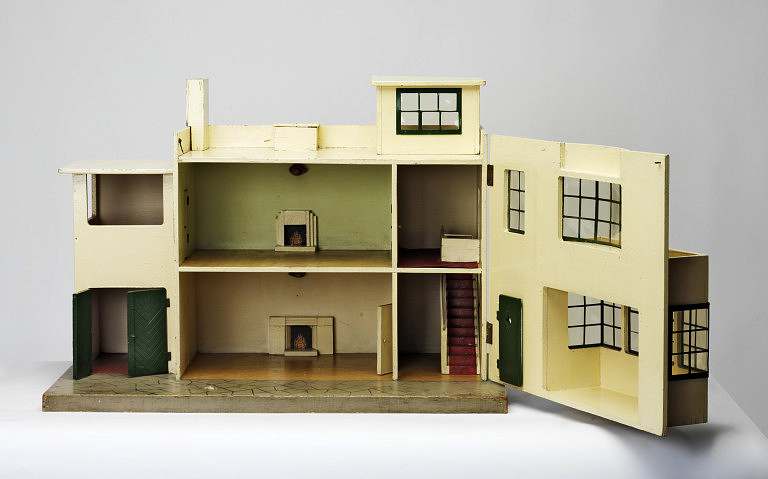cloverley dolls houses suppliers builders u0026 decorators of dolls houses house building